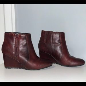[TO BE DONATED LAST CALL] Clarks Boots